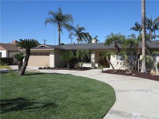 8615 California Avenue, Whittier CA