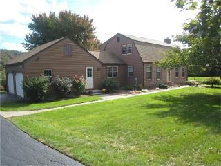 29 Valley View Drive, Wallingford CT