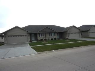 125 West Pinehurst Drive, Eldridge IA