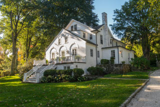 587 Brookside Road, New Canaan CT