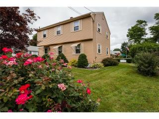 6 Old Pine Orchard Road, Branford CT