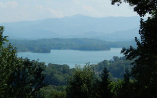 2 Chatuge Woods Drive, Hayesville NC