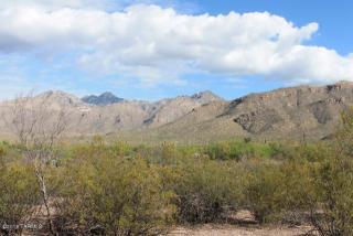 5045 North Bear Canyon Road, Tucson AZ