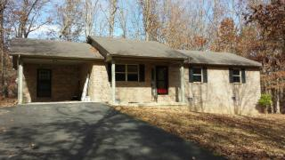 690 Birchwood Dr, Crossville, TN 38555