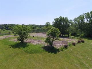 225 Honey Lake Court, North Barrington IL