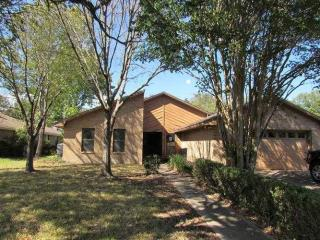 2605 Spicewood Court, College Station TX