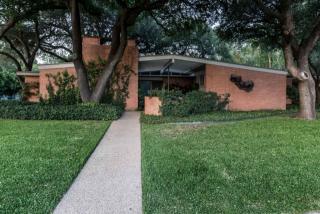 2601 Hartwood Drive, Fort Worth TX