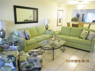 5685 Whitaker Road #C-103, Naples FL