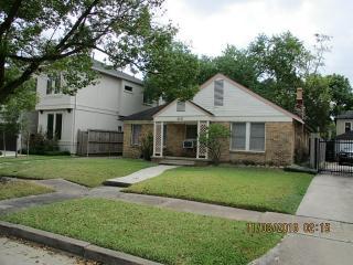 2121 West Main Street, Houston TX