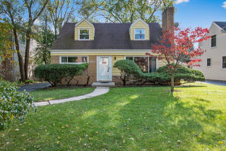 949 Sunset Court, Deerfield IL