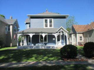 1721 Orchard Street, Burlington IA