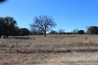 494 Buckskin Trail, Bandera TX
