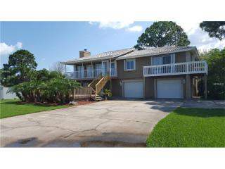 212 Shore Drive, Tarpon Springs FL