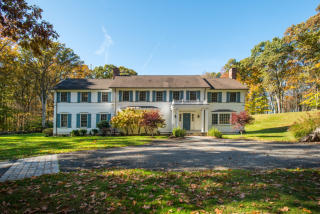 51 Squires Lane, New Canaan CT