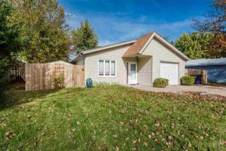 2422 Buttonwood Drive, Manhattan KS
