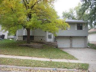 13916 Jefferson Circle, Omaha NE