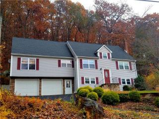 14 Fox Road, Plainville CT