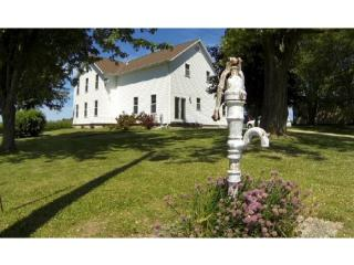 8933 Tannery Road, Two Rivers WI
