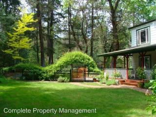 15995 Water Gap Rd, Williams, OR 97544