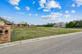 862 Lorikeet Lane, New Braunfels TX