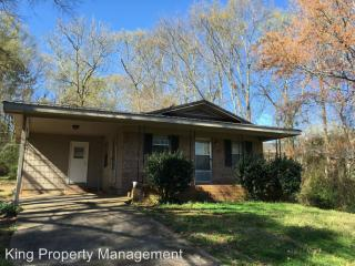1316 Meadowood Ln, Oxford, AL 36203