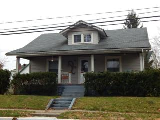 209 West Center Street, Blanchester OH