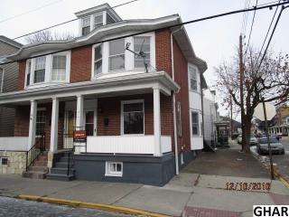 17 East Lawton Street, Saint Clair PA