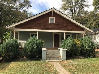 1517 Hawthorne Lane, Charlotte NC