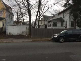 86 Mead Street, Newark NJ