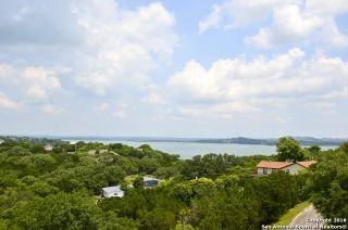 1083 Ledge Path, Canyon Lake TX