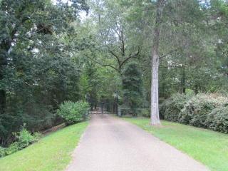 1450 Dana Road, Vicksburg MS
