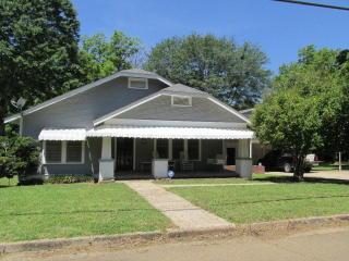 318 White Oak Street, Utica MS