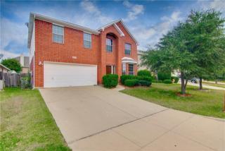 4612 Springway Lane, Fort Worth TX