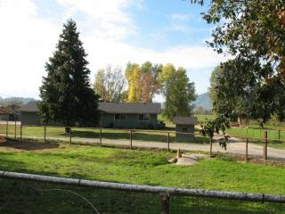 6155 Lower River Road, Grants Pass OR