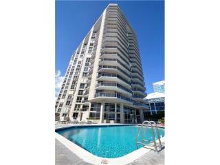 6767 Collins Avenue #1007, Miami Beach FL