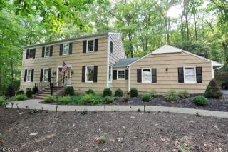 330 Fairview Avenue, Long Valley NJ