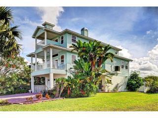 6526 Yvette Drive, Hudson FL