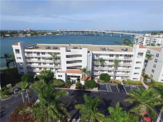 6081 Bahia Del Mar Circle #452, Saint Petersburg FL