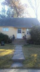 724 E 1st Ave, Roselle, NJ 07203