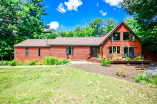 659 West Road, Temple NH