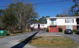 6525 Shortcut Rd, Moss Point, MS 39563