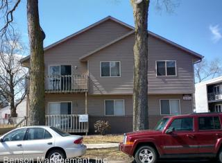 912 8th St S, La Crosse, WI 54601