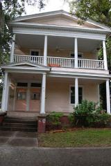 916 East Henry Street, Savannah GA