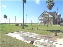 876 Meynig Drive, Crystal Beach TX