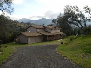 44128 Dinely Drive, Three Rivers CA