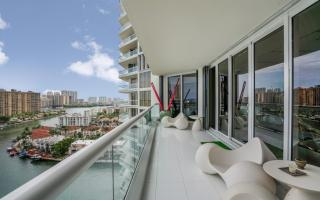 2600 Island Boulevard #1506, Aventura FL