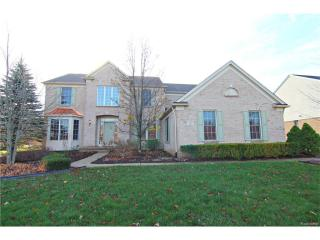 439 Hampton Woods Lane, Lake Orion MI