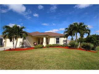 2327 Southwest 28th Street, Cape Coral FL