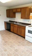 6723 Creekside Dr, Madison, OH 44057