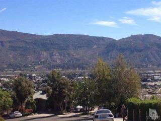 566 Glade Drive, Santa Paula CA